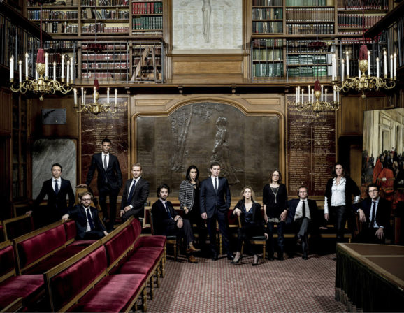 12 avocats